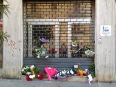 Psichiatra uccisa: fiori e messaggi davanti Centro